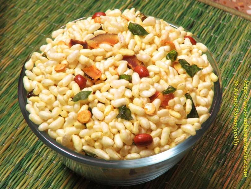 Murmura Chivda | Kurmura Chivda: Puffed Rice with Peanuts, Green Chillies, and Curry Leaves
