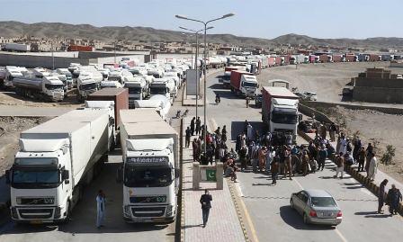 ایران سے 14 قیدی، 76 زائرین  اور 149 غیر قانونی تارکین وطن پاکستان داخل، حکام کی طبی معائنہ کرنے کی یقین دہانی