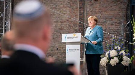 ملک میں نسلی تعصب میں اضافے اور یہودیوں کے خلاف نفرت بڑھنے پر شرمندہ ہوں: جرمن چانسلر