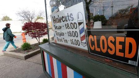 امریکی وفاقی بینک چھوٹے کاروباروں کے لیے قاتل بنا ہوا ہے: روسی معاشی تجزیہ کار