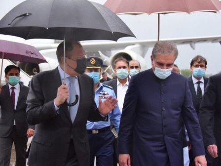 روسی وزیر خارجہ دو روزہ سرکاری دورے پر پاکستان آئے ہیں: اعلیٰ سطحی ملاقاتیں، بین الاقوامی تعلقات اور افغان امن عمل پرگفتگو ہو گی