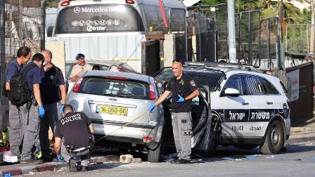 مقبوضہ فلسطین: بے بس فلسطینیوں کی جانب سے قابض صیہونی افواج پر گاڑی چڑھا کر حملہ کرنے  کے واقعات میں اضافہ، درجنوں قابض فوجی زخمی، 3 فلسطینی شہید
