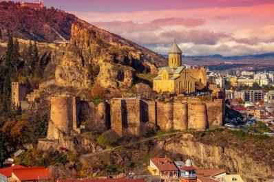 قلعة ناري كالا