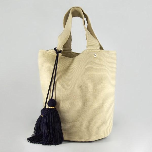 Susu XL Tote Bag in Beige Shoulder bag bucket bag
