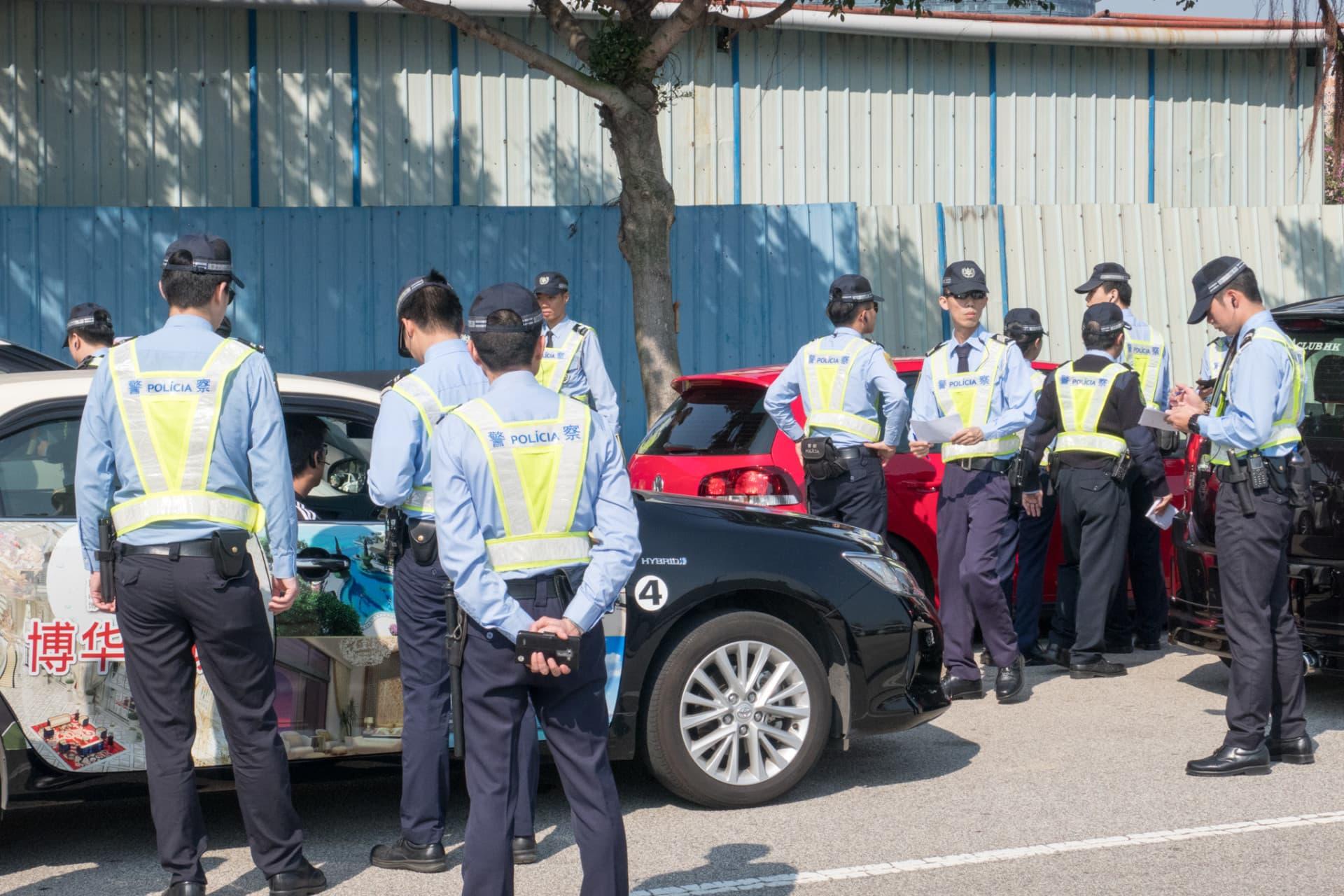 公職會自救會發起慢駛遊行 促撤拖車驗車加價批示 : 論盡媒體 AllAboutMacau Media
