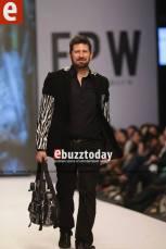 Tapu-Javeri-Fashion-Pakistan-Week-Season-6-fpw2014-ebuzztoday-60