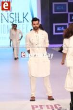 Arslan-Iqbal-PFDC-sunsilk-fashion-week-PSFW2014-ebuzztoday-60