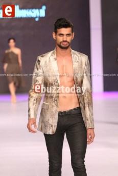 Fahad-hussayn-pfdc-sunsilk-fashion-week-psfw2014-ebuzztoday-140