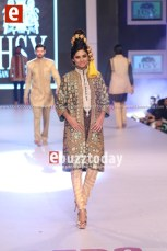 HSY-Collection-at-PFDC-Sunsilk-Fashion-Week-2014-ebuzztoday-psfw-psfw2014-33