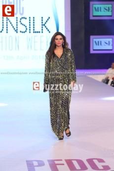Muse-pfdc-sunsilk-fashion-week-psfw2014-ebuzztoday-74
