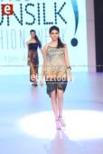 Rudaba-Omar-PFDC-sunsilk-fashion-week-PSFW2014-ebuzztoday-8