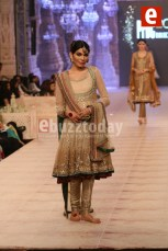 Asifa-Nabeel-collection-at-PFDC-L'Oréal-Paris-Bridal-Week-2014-3