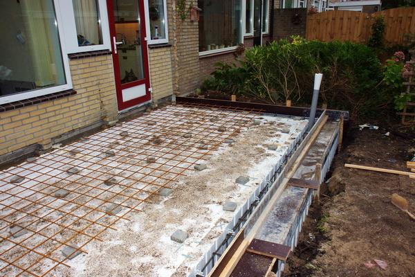 Bouw wk 1  De basis  Aanbouw najaar 2010