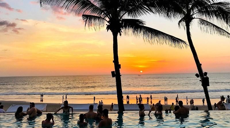 峇里島餐廳美食推介 必去Potato Head Beach Club Bali日落加美食