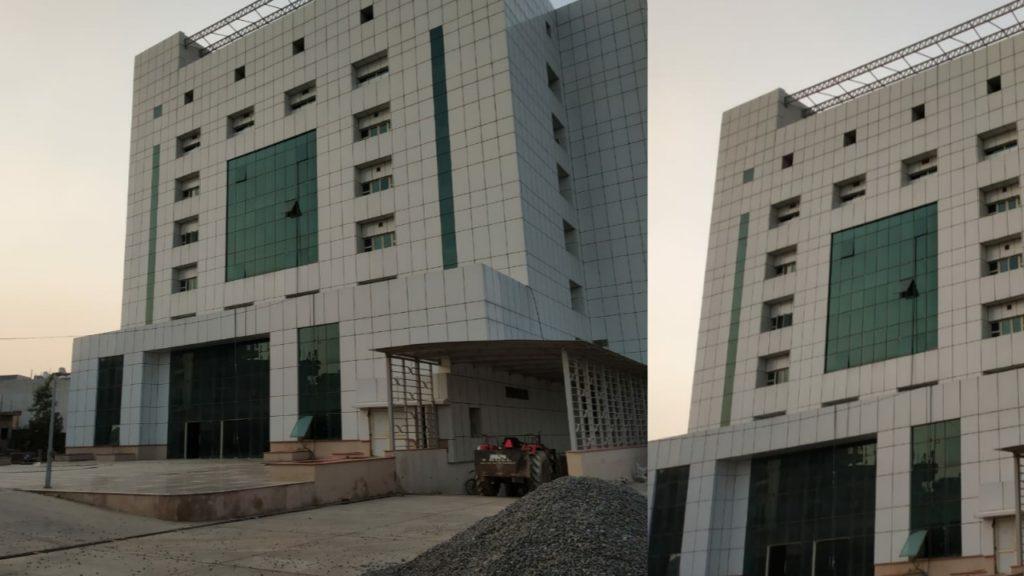 उत्तरी दिल्ली नगर निगम द्वारा नालों की सफाई का काम शुरू