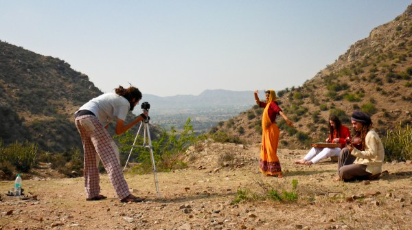 """""""Bollywood style"""" in the desert"""
