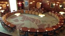 Tæppet i byrådsalen er et kort over Aarhus, som byen så ud i 1941, da rådhuset blev indviet.