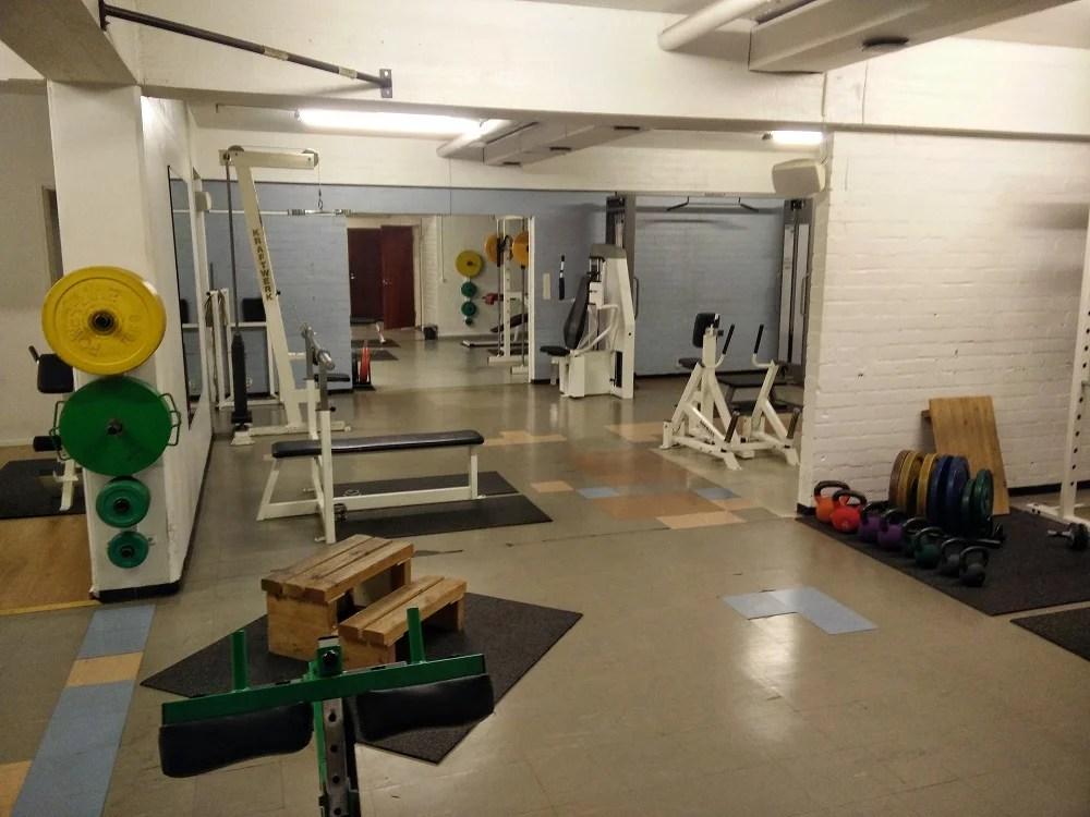 Old School, Gym