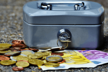 Money box, iran travel budget, cost, budget breakdown, iran travel cost, iran travel expenditure