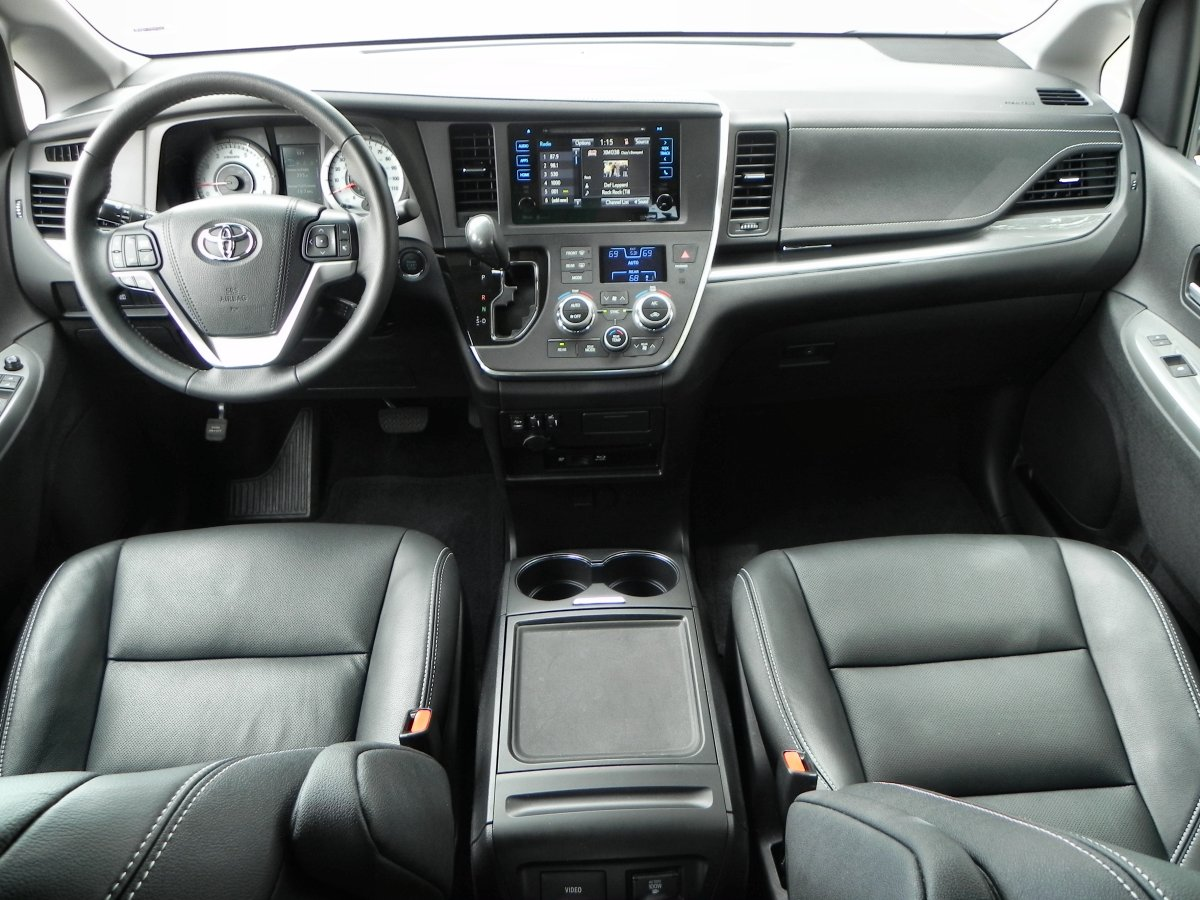2015 Toyota Sienna Interior Review Aaron On Autos