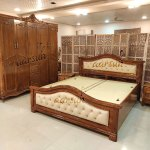 Antique Polish Simple Wooden Bed Yt 187