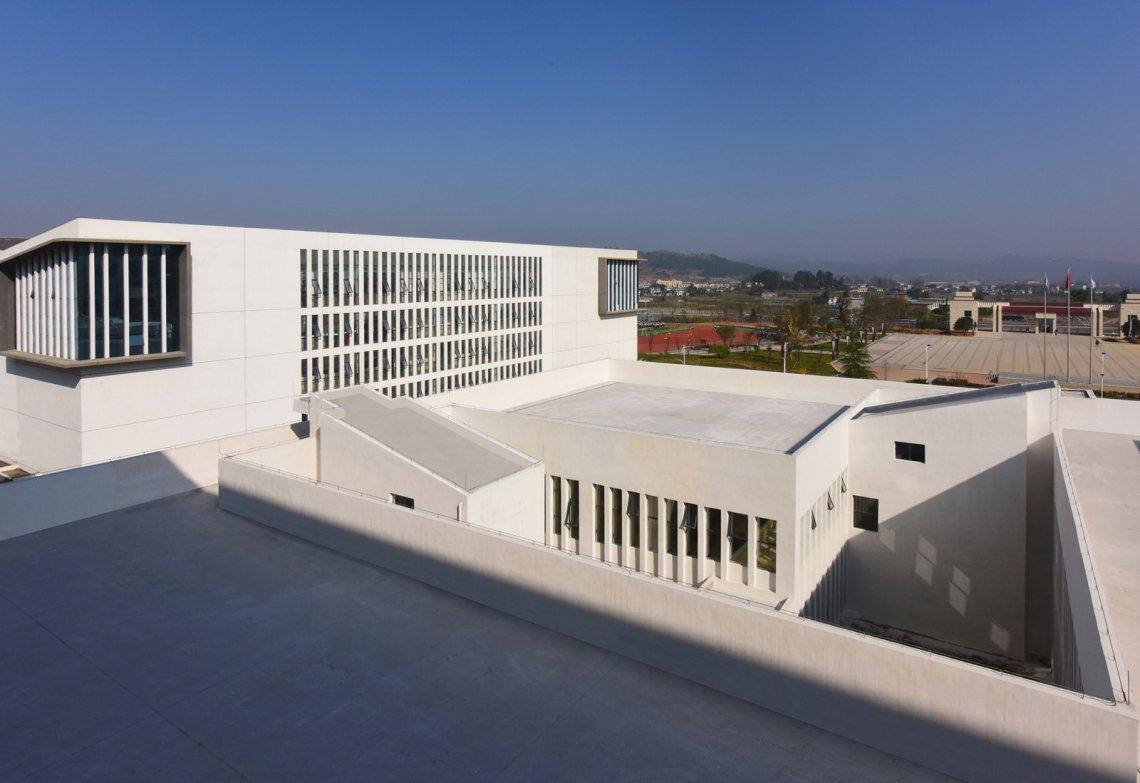 Dushan School Complex