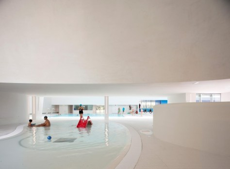 Swimming Pool in Bagneux