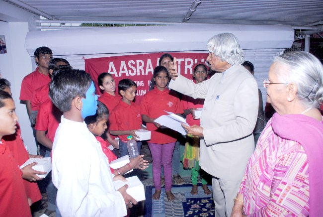 Dr.Kalam Meets Aasraa Children