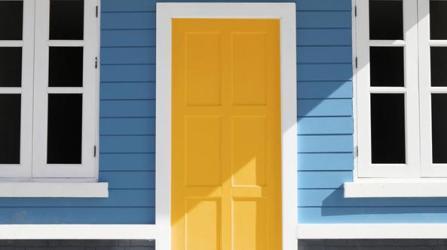 Cómo elegir el color para la puerta de entrada de tu casa Pinturas de Color para Interiores y Exteriores Ideas de Decoración Alba Alba