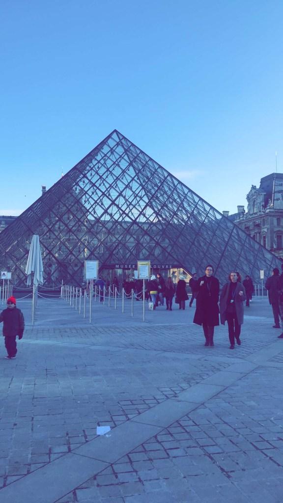 الزيارة الرسمية لمتحف اللوفر