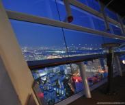 wtc cosmo tower vista noite osaka_mini