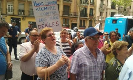 Concentración contra la Inmobiliaria Sandi, promotora del desahucio de La Esquinita