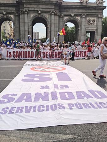 La Marea Blanca exige la paralización definitiva del proceso de privatización de la sanidad pública madrileña