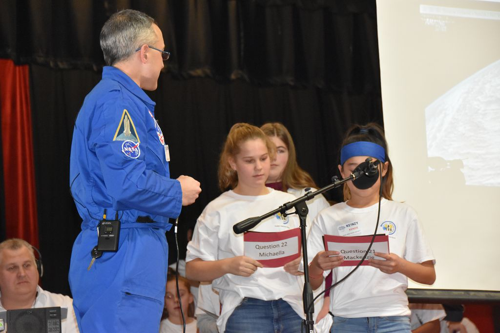 Student Q&A with an Astronaut on the ISS via Amateur Radio