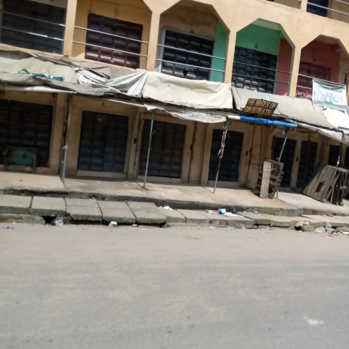 Despite IPOB's promise of taskforce, Monday Sit-at-home grounds business activities in Aba