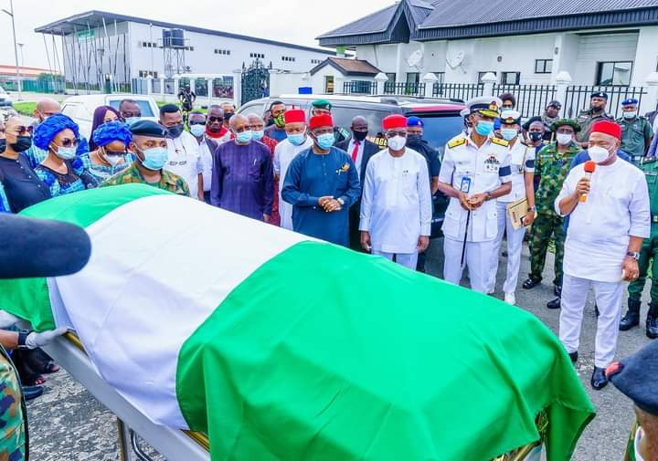 Governor Hope Uzodimma Renames Heroes Square Owerri After Rear Admiral Godwin Ndubuisi Kanu