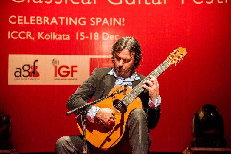 4-Lautaro_Tissera_Guitare_Argentine
