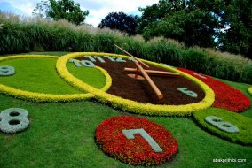L'horloge fleurie or Flower Clock, Geneva, Switzerland (2)