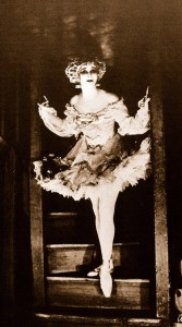 Fairy-Anna-Pavlova-backstage-as-the-Fairy-Doll-167x300
