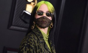 Who Had Made A Controversy By her/his Style At The 62nd Grammy Awards?