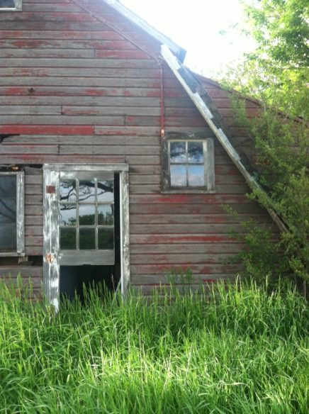 Abandoned Farmhouse -5-15 35