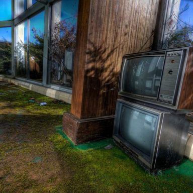 Stacked sets. TVs seen in Tamarack Lodge, NY. Photo by Andy Milford