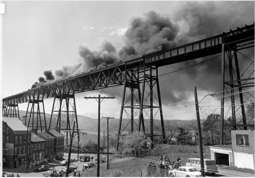 Fire on the railroad bridge (1974).  Photo from the Poughkeepsie Journal
