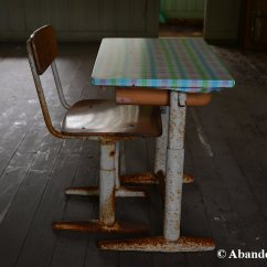 Japanese Table And Chairs Oversized Bean Bag Chair Old School Metal Abandoned Kansai