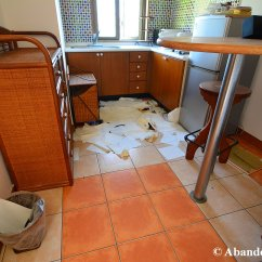Hotel With Kitchen In Room Online Designer Human Feces Abandoned Kansai