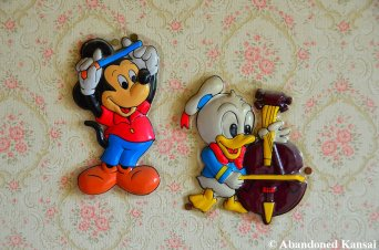 Mickey Mouse And Donald Duck - Strange To See Them At A Love Hotel