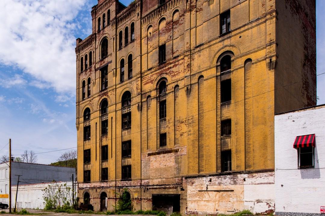 Crockery City Brewing Company