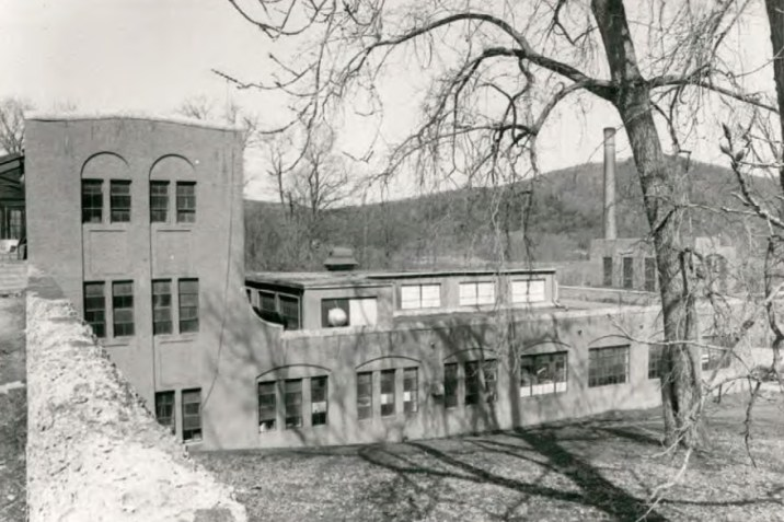 Laundry Building (Building 21) at Wassaic State School
