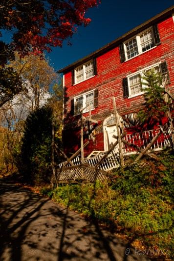 Hector Falls House