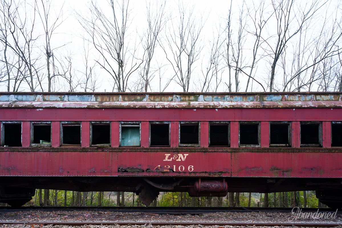 Louisville & Nashville Railroad L&N 42106 Passenger Car